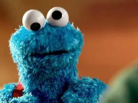PLAYSKOOL-Sesame-Street-Count-n-Crunch-Cookie-Monster-Commercial