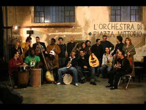L'Orchestra di piazza Vittorio - Tarareando