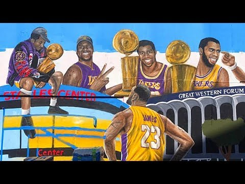 LeBron James Gets New Lakers Mural and  Fans Help To Repaint After Vandalism in Los Angeles!