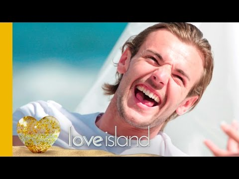 Nathan & Cara's Awkward Date On The Beach - Love Island