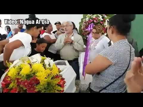 Video: Sepultan restos del exdirector de Cultura Prof. Ricardo Paredes en Nagua.