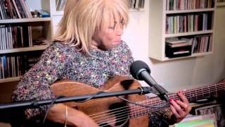 Linda Lewis - Light Years Away // Basement Session