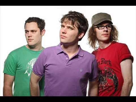 SCOUTING FOR GIRLS - THIS AIN'T A LOVE SONG - GOTTA KEEP SMILING mp3
