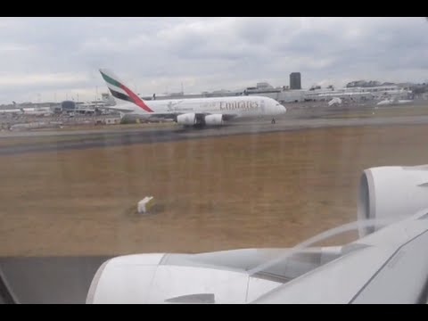 Emirates Airbus A380 / Auckland to Brisbane / Business Class