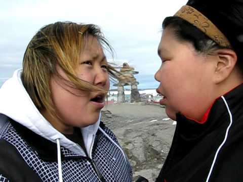 "Throat singing ""Dog and Wolf"""