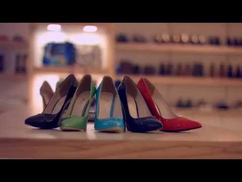 mozaic shoes advertising