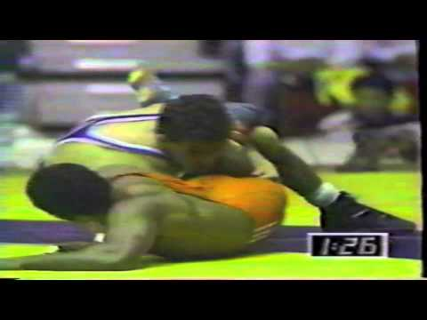1990 Grand Masters of Olympic Wrestling: 62 kg Lazaro Reinoso (CUB) vs. John Smith (USA)