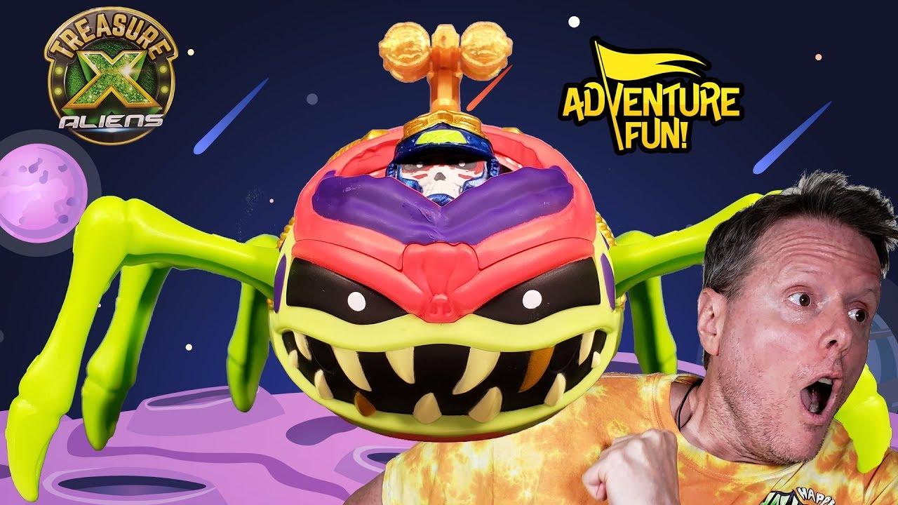 "Treasure X Aliens ""Ultimate Dissection!"" Alien Bug into ..."