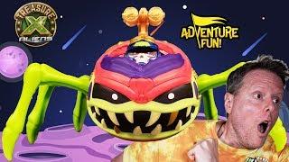 "Treasure X Aliens ""Ultimate Dissection!"" Alien Bug into War Machine!"
