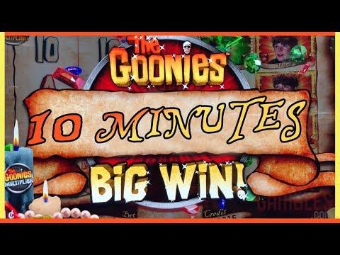 THE GOONIES Slot Machine! 10 Minutes @Cosmopolitan Las Vegas ✦ w Brian Christopher #ad - 동영상