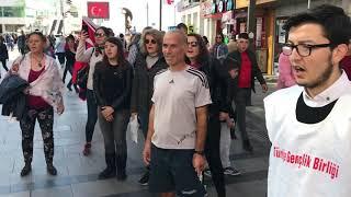 TGB İzmir Karşıyaka'da Andımız'ı Okudu