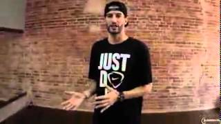 Парень танцует хип хоп видео, 3 базовых движения, урок 1.