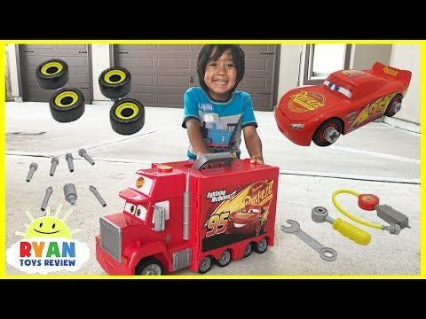 Thumbnail: Disney Pixar Cars 3 Lightning McQueen Mack's Mobile Tool Center! Truck Toys Kids Playtime