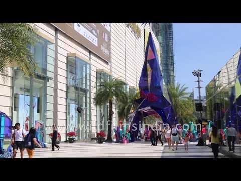 Siam Paragon and Siam Center - Bangkok's premier shopping arcade - mall