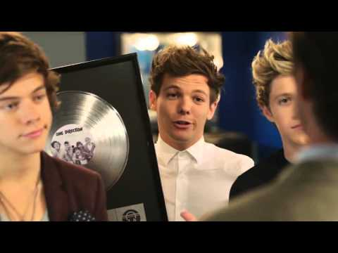 One Direction and Drew Brees - Bloopers Complete on Commercial Pepsi [HD]