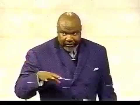 Bishop Jakes Talks About How He Was Discovered By Paul Crouch & TBN
