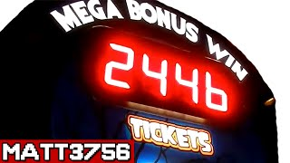 Winning The Biggest Arcade Jackpot Ever! | Arcade Nerd at Dave & Busters!