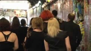 Sax Choir – Graffiti Tunnel