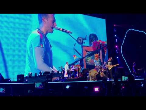 April 1, 2017 | Up&Up - Coldplay Live In Singapore
