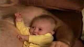 Поющий младенец