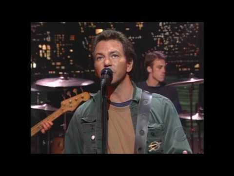 Pearl Jam - David Letterman - I Am Mine - 11.14.02 - HD (PJ Master Archives Series)