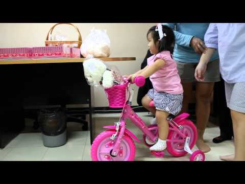 N'Prim W105 เด็กจิ๋วได้จักรยานเป็นของขวัญวันเกิด