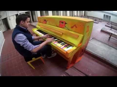 When music meets art: Modern Music School paints a piano with Liquitex