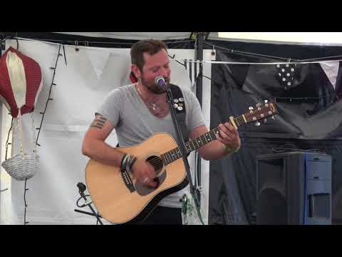 Hadleigh Ford - Emperor's New Clothes (live at Lakefest - 13th August 17)