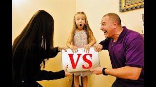 МАМА VS ПАПА ! Почему Валенсии НЕ РАЗРЕШАЮТ быть БЛОГЕРОМ ? Скетчи от VALENSIA LUCKY