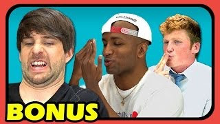 Repeat youtube video YOUTUBERS REACT TO FIRST KISS (EXTRAS #33)