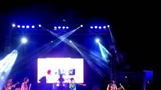 Bhebe dekhecho ki | Bheegi bheegi | Live Performance | Cover