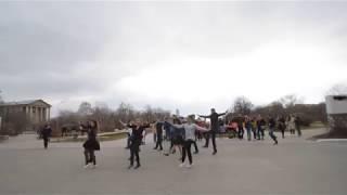 Девушки, парни, и... армянский танец Шалахо