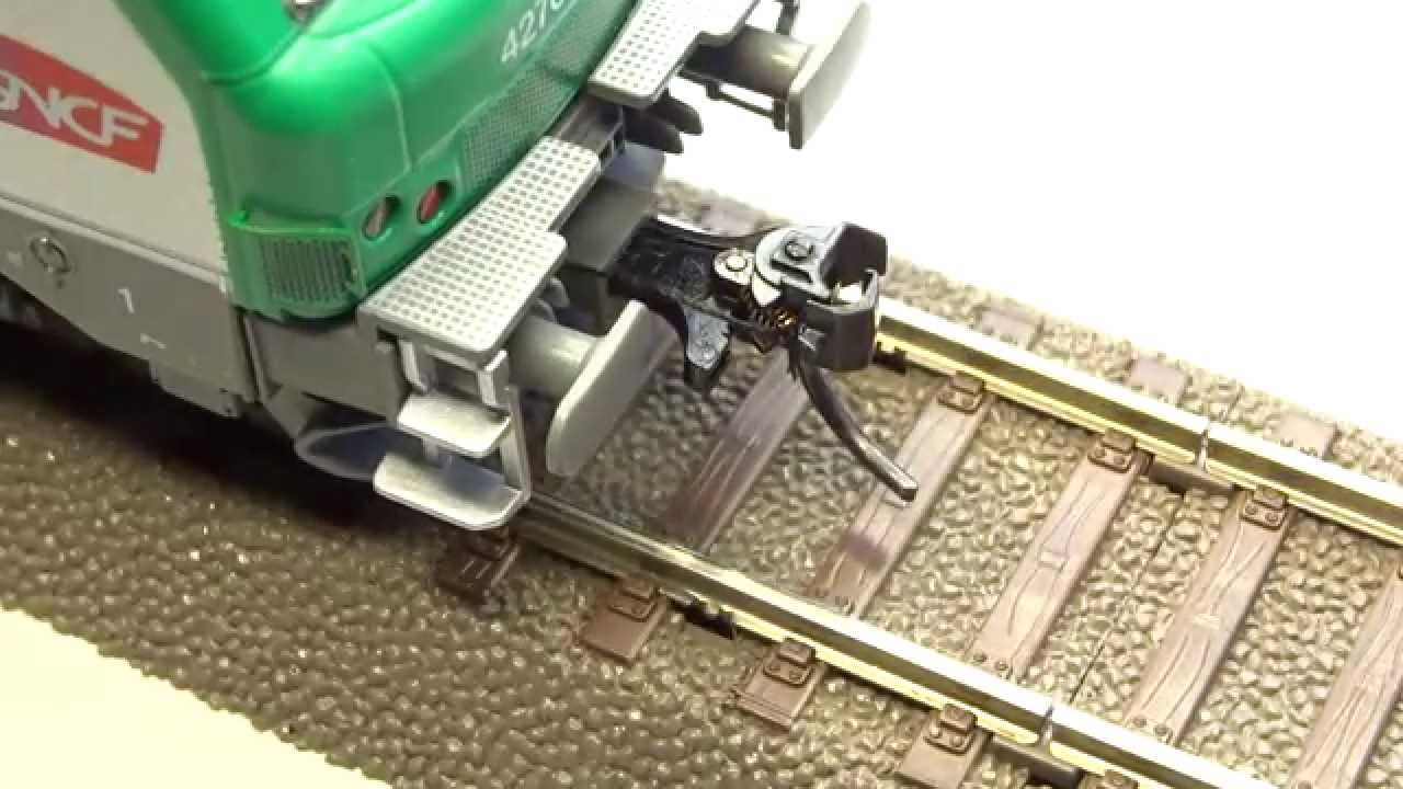 dcc controlled kadee uncoupler in ho scale remote. Black Bedroom Furniture Sets. Home Design Ideas