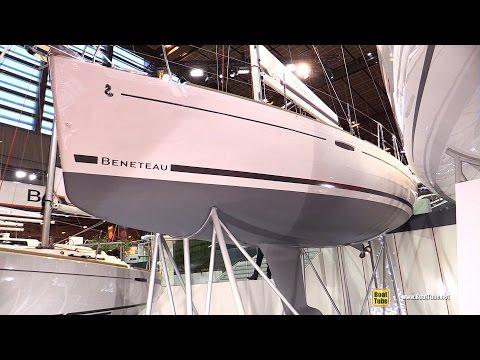 2017 Beneteau Oceanis 31 Sailing Yacht - Deck and Interior Walkaround - 2016 Salon Nautique Paris