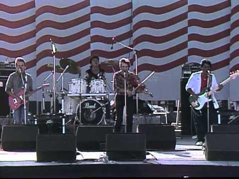 Doug Kershaw - Diggy Liggy Lo (Live at Farm Aid 1986)