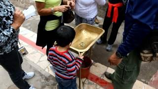 Вода на Экваторе и Сила Кориолиса
