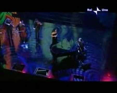 Noa e Carlo Fava - Un discorso in generale - Sanremo 2006