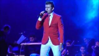 ♫ Kaun Hai Jo Sapnon Mein Aaya - SONU NIGAM live in the Netherlands