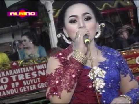 Bowo Langgam DADI ATI lajeng SARUNG JAGUNG dagelan SIMIN vs RIRIK