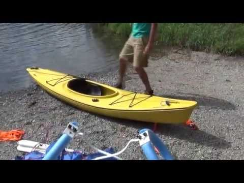 Upwind Kayak and Canoe Sail Rig with Outriggers and Leeboards