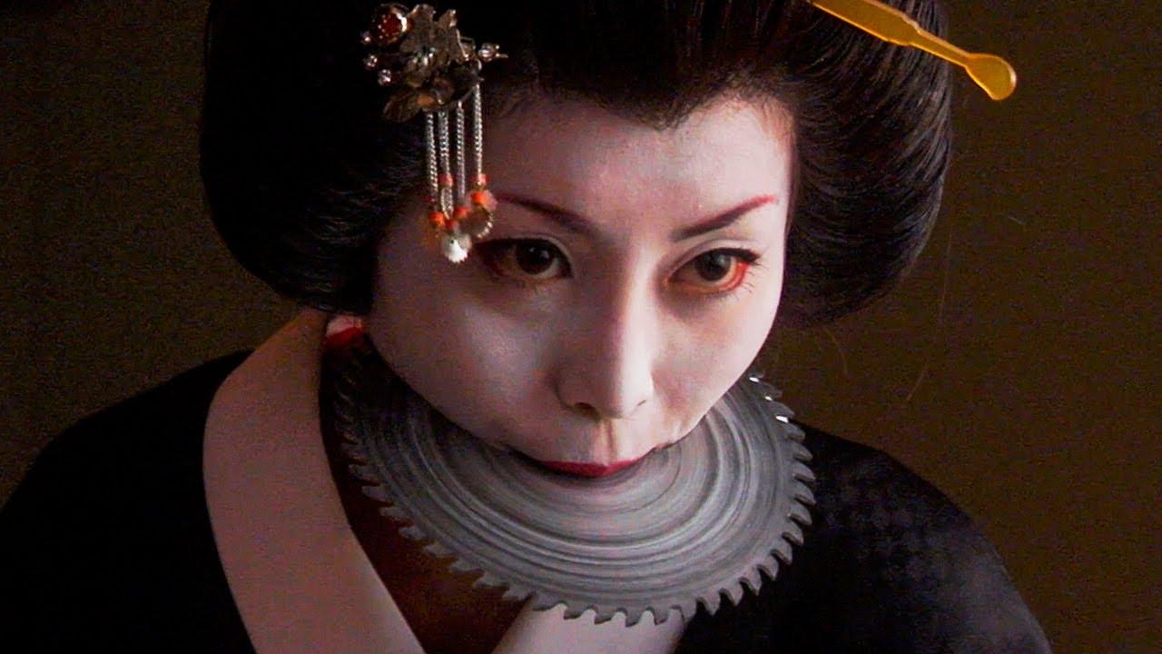 Роботизированные женщины спасают Японию от уничтожения