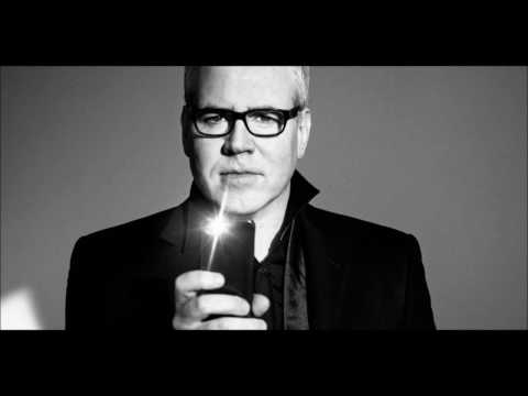 "Bret Easton Ellis condemns the ""warped moral superiority of the American Left"" Mp3"