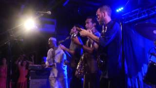 The Souljazz Orchestra - Bull's eye - Live