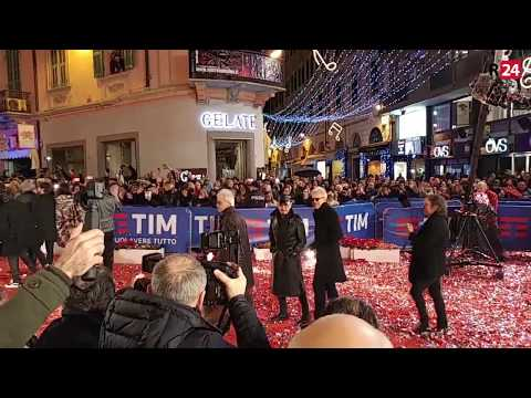 #Sanremo2018, tutti i big sul Red Carpet dell'Ariston