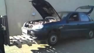 Profesjonalna naprawa auta we firmie.