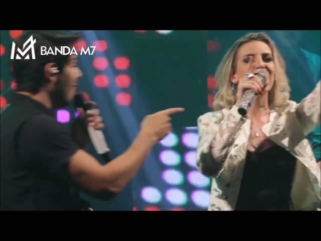 Banda M7 tocando Sertanejo
