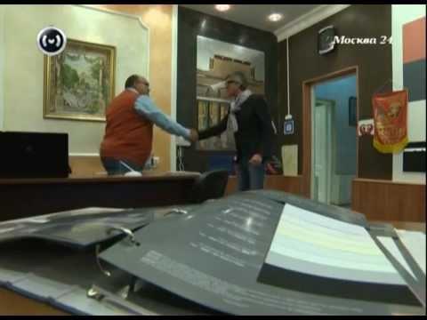 видео: Формула качества: как выбрать натяжной потолок