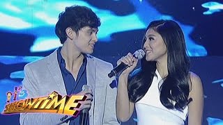 James Reid and Nadine Lustre perform