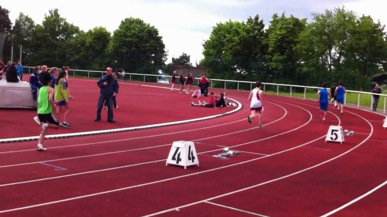 13 year old runs a 56 64 400m
