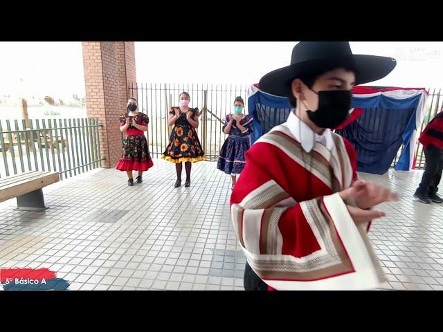 5°A de Pumahue Chicauma realiza su baile de la patria, representando el Centro con la Mazamorra